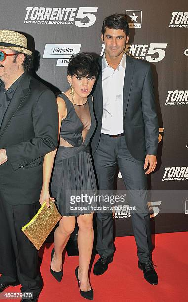 Angy Fernandez and Jesulin de Ubrique attend the 'Torrente 5 Operacion Eurovegas' premier on October 2 2014 in Madrid Spain