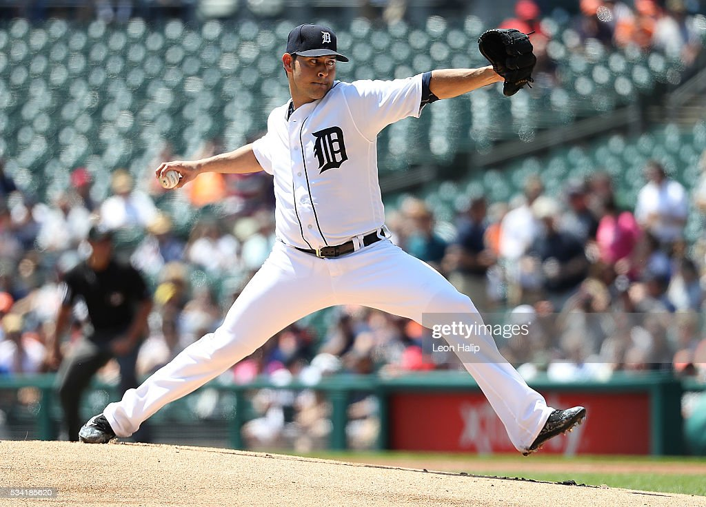 Anibal Sanchez #19 of the Detroit Tigers pitches during the first inning of the interleague game against the Philadelphia Phillies on May 25, 2016 at Comerica Park in Detroit, Michigan.
