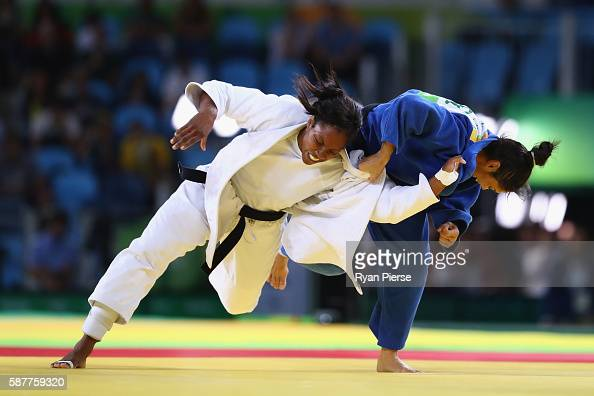 Anicka van Emden of the Netherlands and Mariana Silva of Brazil compete during the Women's 63kg bronze medal b bout on Day 4 of the Rio 2016 Olympic...