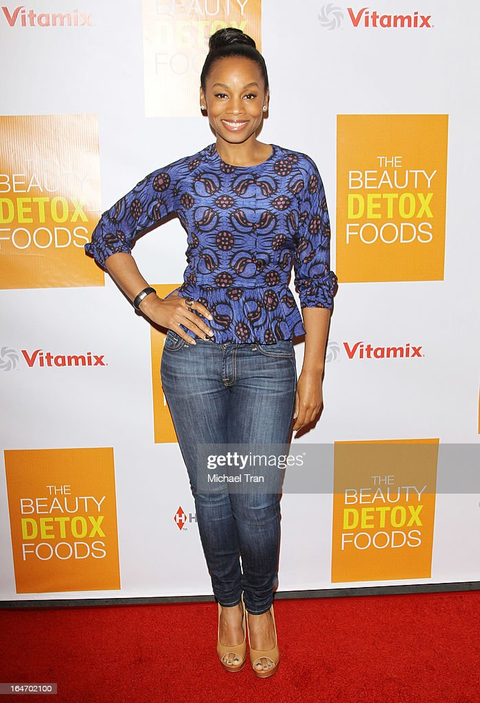 <a gi-track='captionPersonalityLinkClicked' href=/galleries/search?phrase=Anika+Noni+Rose&family=editorial&specificpeople=227294 ng-click='$event.stopPropagation()'>Anika Noni Rose</a> arrives at the celebrity nutritonist Kimberly Snyder hosts book launch party for 'The Beauty Detox Foods' held at Smashbox West Hollywood on March 26, 2013 in West Hollywood, California.