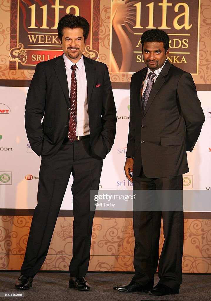 Anil Kapoor and Muttiah Muralitharan at an IIFA press conference in New Delhi on May 19, 2010.
