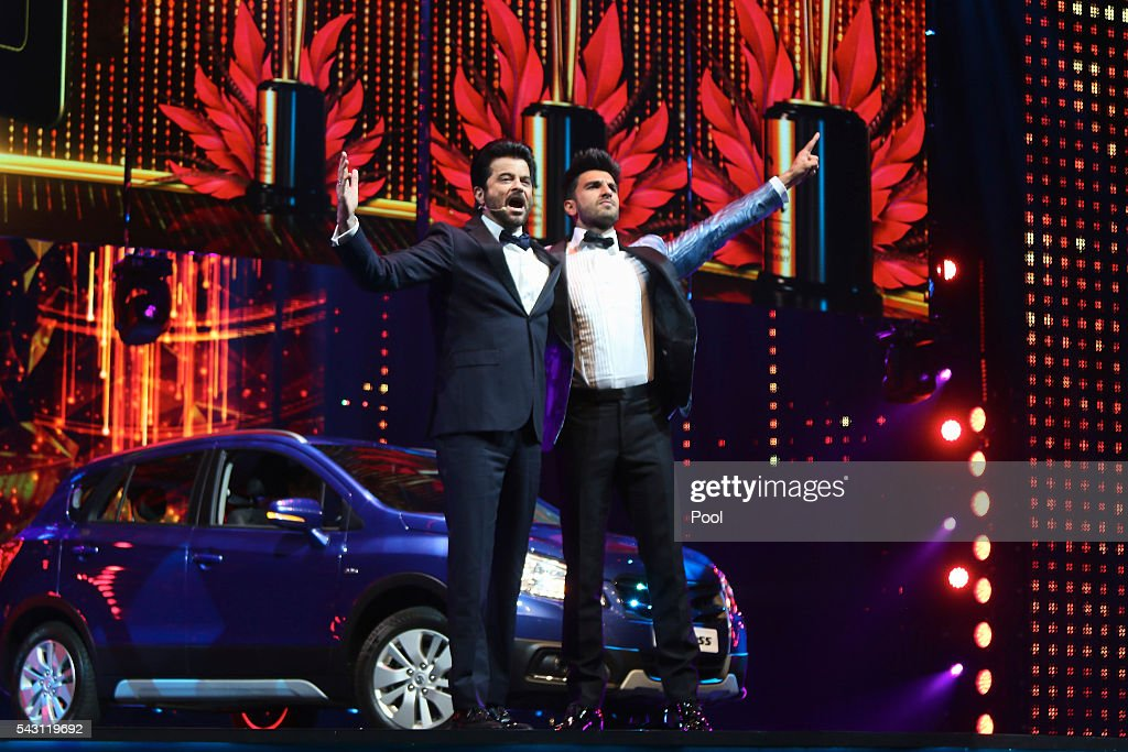 <a gi-track='captionPersonalityLinkClicked' href=/galleries/search?phrase=Anil+Kapoor&family=editorial&specificpeople=563857 ng-click='$event.stopPropagation()'>Anil Kapoor</a> (L) and <a gi-track='captionPersonalityLinkClicked' href=/galleries/search?phrase=Ranveer+Singh&family=editorial&specificpeople=5959201 ng-click='$event.stopPropagation()'>Ranveer Singh</a> (R) attend the 17th IIFA Awards (International Indian Film Academy Awards) ceremony at Ifema on June 25, 2016 in Madrid, Spain.