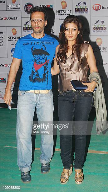 Anil Thadani with wife Raveen Tandon at rock star Bryan Adams Live in Concert India Tour at MMRDA Grounds Bandra Kurla Complex in Mumbai