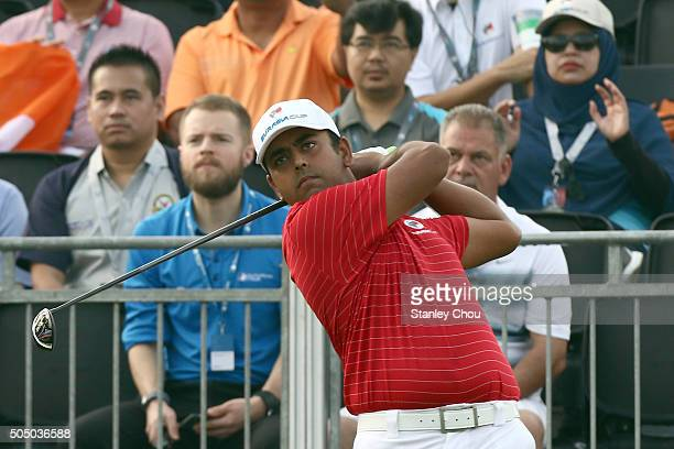 Anirban Lahiri of Team Asia plays his tee shot on the 1st hole during the fourball match play at Glenmarie GCC on January 15 2016 in Kuala Lumpur...