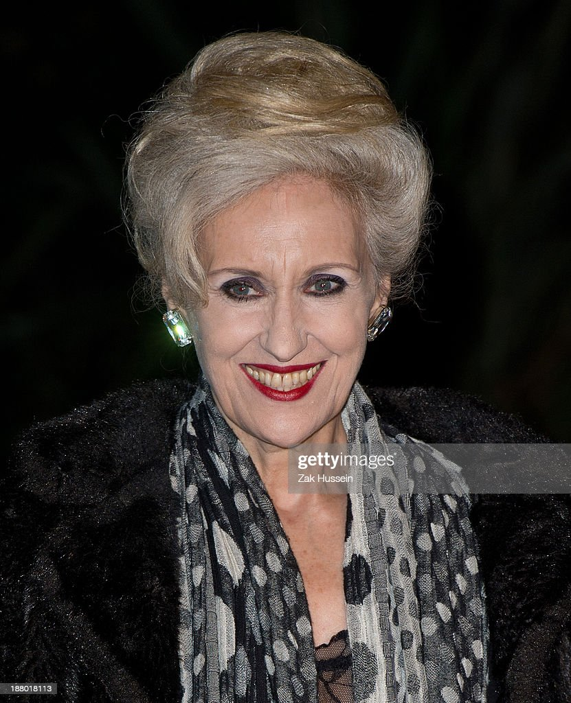 <a gi-track='captionPersonalityLinkClicked' href=/galleries/search?phrase=Anita+Dobson&family=editorial&specificpeople=215280 ng-click='$event.stopPropagation()'>Anita Dobson</a> arrives at the Chain Of Hope Annual Ball at Supernova, Embankment Gardens on November 14, 2013 in London, England.