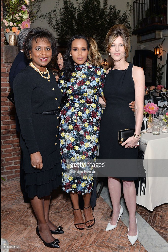 Anita Hill, Kerry Washington and Robbie Myers attend dinner celebrating Kerry Washington hosted by ELLE, Editor-In-Chief, Robbie Myers and Movado, Chairman & CEO, Efraim Grinberg at A.O.C. on April 2, 2016 in Los Angeles, California.