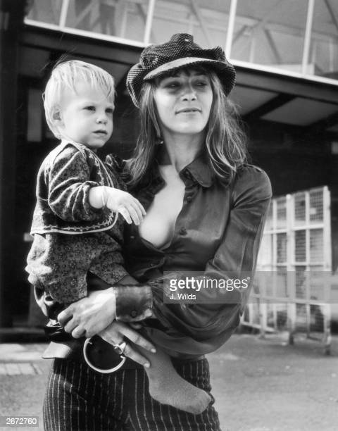 Anita Pallenberg exgirlfriend of Rolling Stone Brian Jones and current partner of Rolling Stones guitarist Keith Richards with their baby Marlon at...
