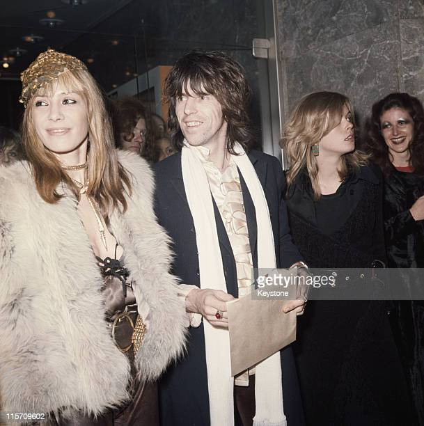 Anita Pallenberg Italian actress and model with Keith Richards British guitarist with The Rolling Stones attending the premiere of 'Performance'...