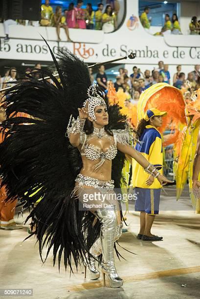 Anitta dances during the Rio Carnival in Sambodromo on February 7 2016 in Rio de Janeiro Brazil Despite the Zika virus epidemic thousands of tourists...