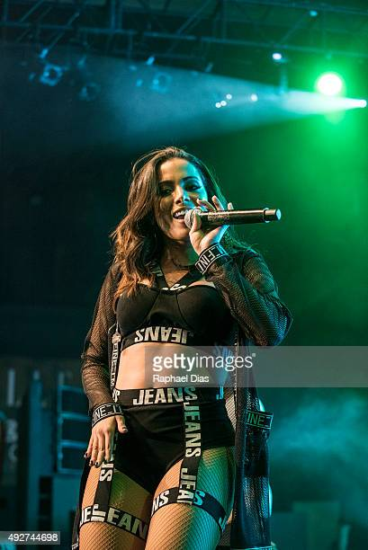 Anitta performs at ELLE Fashion Preview on October 14 2015 in Rio de Janeiro Brazil