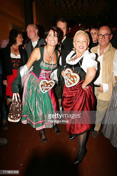 Anja Kling Und Angelika Milster Bei Der O2 Party Im Hippodrom Von Sepp Krätz Und Brigitt Baumgartl Wolff Beim Münchner Oktoberfest Am 170905