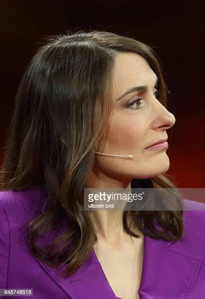 Anja Kohl in der ARDTalkshow 'Günther_Jauch' am in BerlinThema der Sendung Der EuroSchreck Wohin führt die GriechenWut