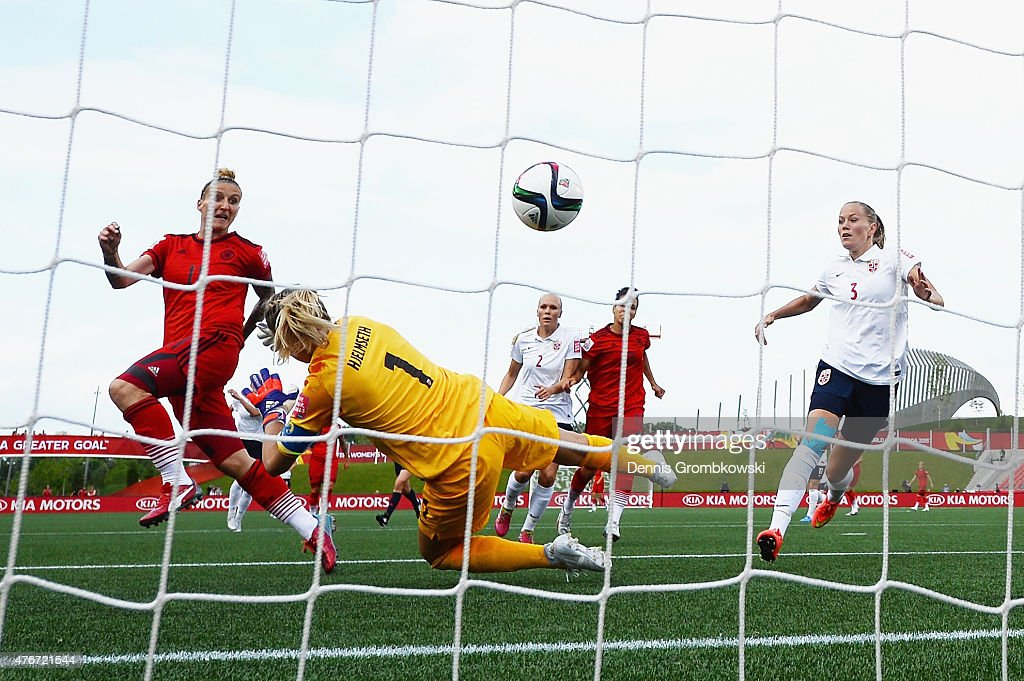 Germany v Norway: Group B - FIFA Women's World Cup 2015