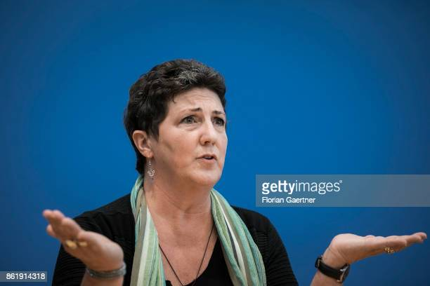Anja Piel leading candidate of Alliance 90/The Greens for the election in Lower Saxony is pictured during a press conference on October 16 2017 in...
