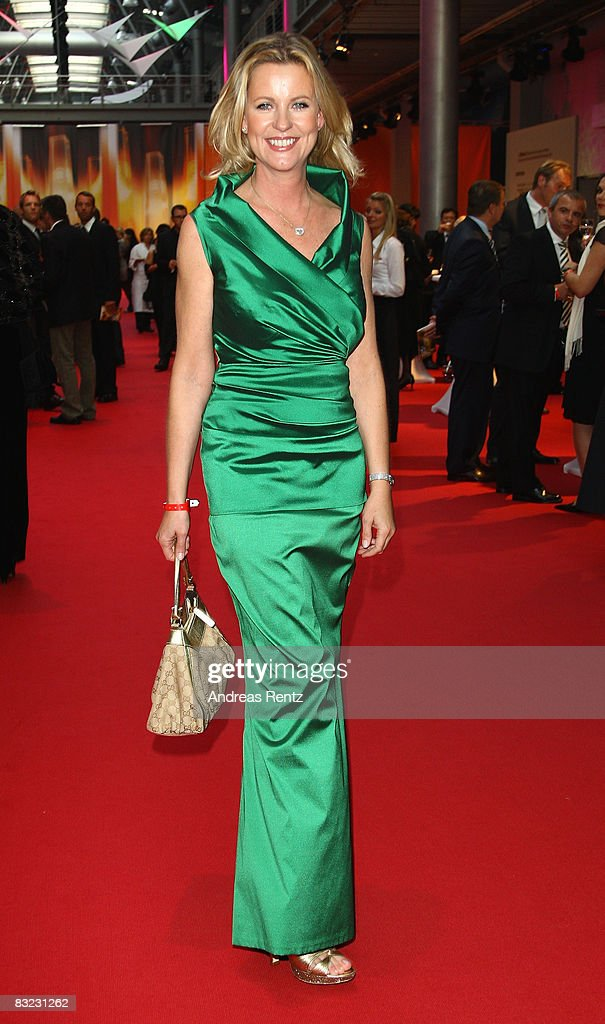 Anja Schuete arrives for the German TV Award 2008 at the Coloneum on October 11, 2008 in Cologne, Germany.