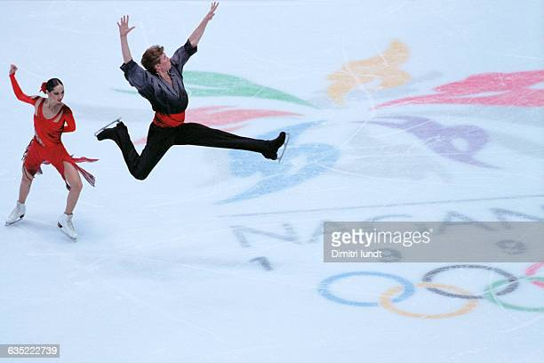 Anjelika Krylova and Oleg Ovsiannikov from Russia at the 1998 Winter Olympics