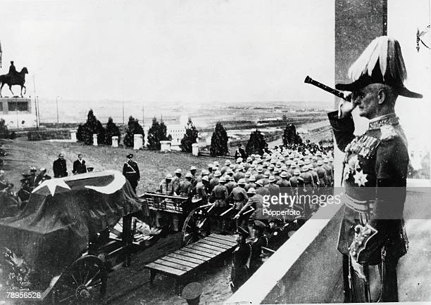 Ankara Turkey Field marshal Lord Birwood saluting the coffin of founder of the Turkish republic and President of Turkey Kemal Ataturk 18811938 during...