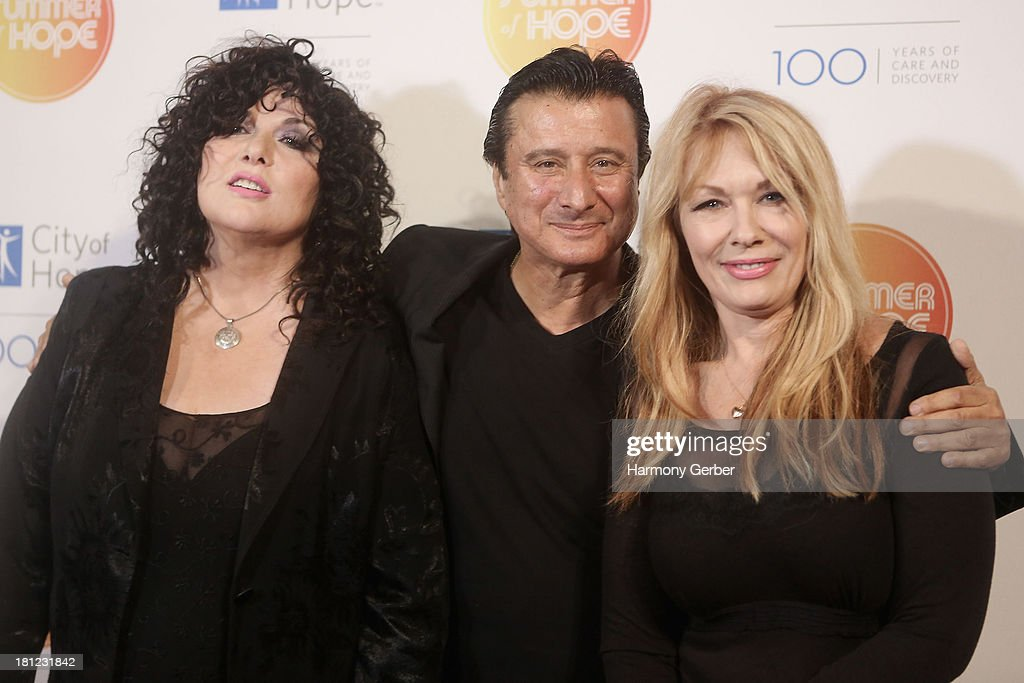 Ann Wilson, Steve Perry and Nancy Wilson attend the City of Hope's 2013 Spirit of Life Gala at The Hercules Campus on September 19, 2013 in Playa Vista, California.