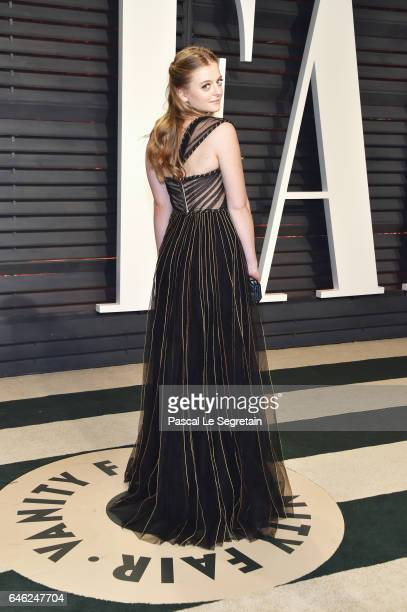 Anna Baryshnikov attends the 2017 Vanity Fair Oscar Party hosted by Graydon Carter at Wallis Annenberg Center for the Performing Arts on February 26...