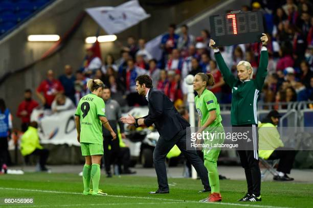 Anna Blasse of Wolfsburg Ralf Kellermann of Wolfsburg Sara Bjork Gunnarsdottir of Wolfsburg during the Women's Champions League match between Lyon...