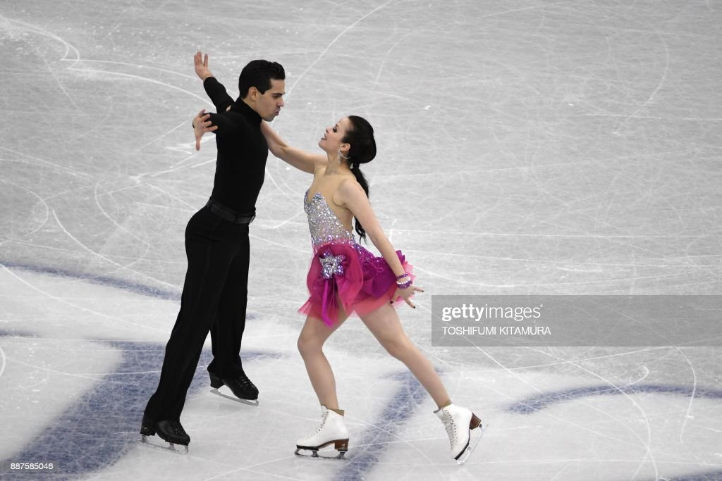 Анна Капеллини - Лука Ланоте / Anna CAPPELLINI - Luca LANOTTE ITA - Страница 10 Anna-cappellini-and-luca-lanotte-of-italy-compete-during-the-ice-picture-id887585046