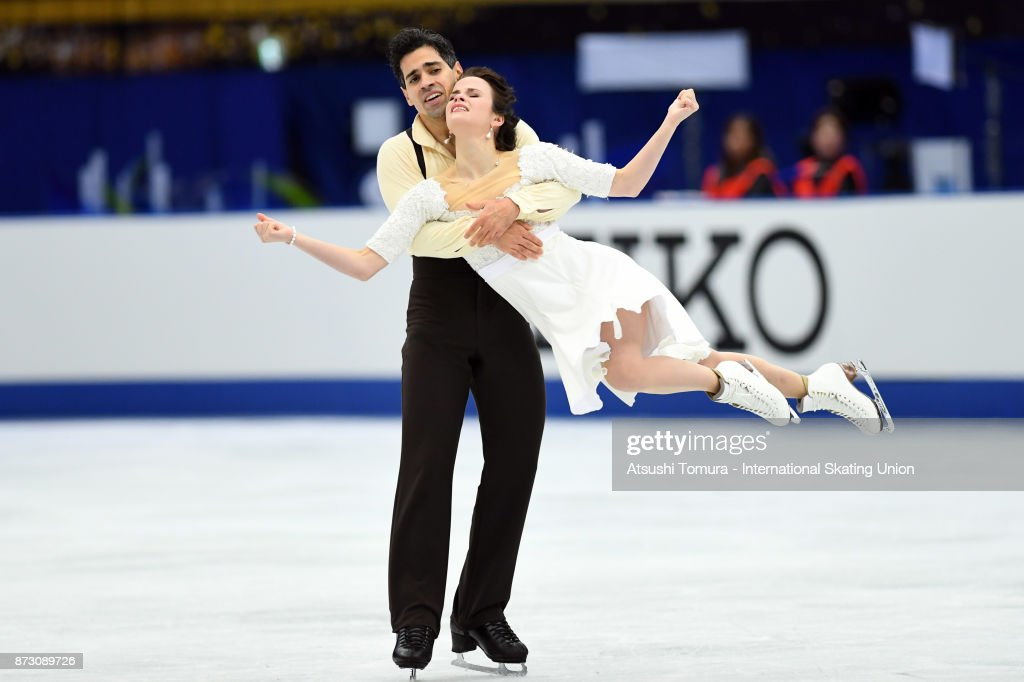 Анна Капеллини - Лука Ланоте / Anna CAPPELLINI - Luca LANOTTE ITA - Страница 9 Anna-cappellini-and-luca-lanotte-of-italy-compete-in-the-ice-dace-picture-id873089726