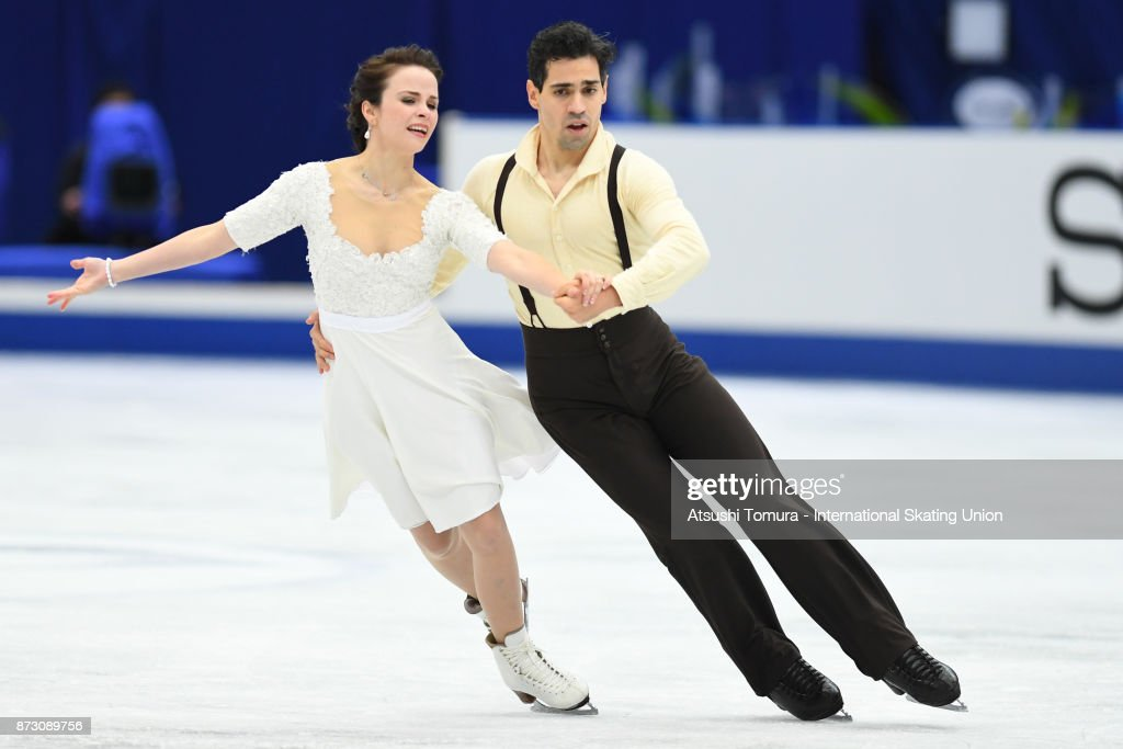 Анна Капеллини - Лука Ланоте / Anna CAPPELLINI - Luca LANOTTE ITA - Страница 9 Anna-cappellini-and-luca-lanotte-of-italy-compete-in-the-ice-dace-picture-id873089756
