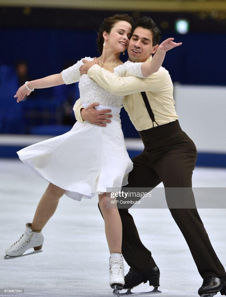 Анна Капеллини - Лука Ланоте / Anna CAPPELLINI - Luca LANOTTE ITA - Страница 9 Anna-cappellini-and-luca-lanotte-of-italy-perform-during-the-ice-picture-id873087394