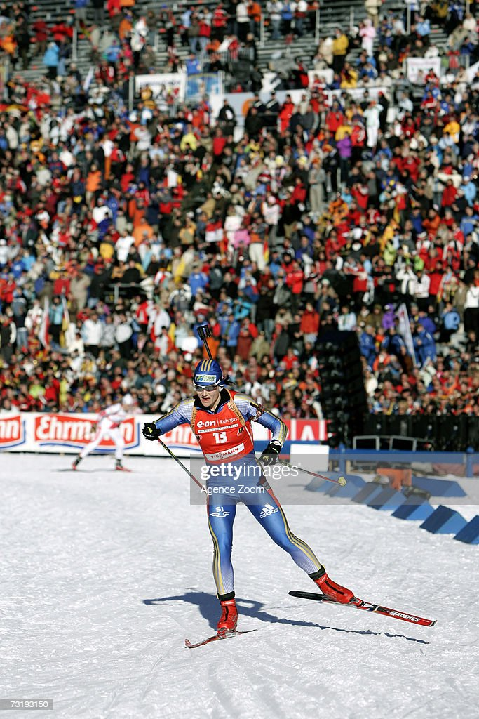 Anna Carin Olofsson of Sweden competes on her way to placing second during the IBU Biathlon World Championships Biathlon Ladies Sprint 7.5km event on February 3, 2007 in Antholz, Italy.
