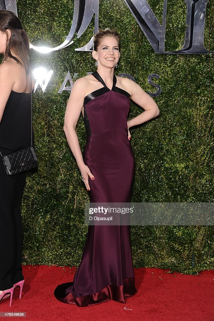 Anna Chlumsky attends the American Theatre Wing's 69th Annual Tony Awards at Radio City Music Hall on June 7, 2015 in New York City.