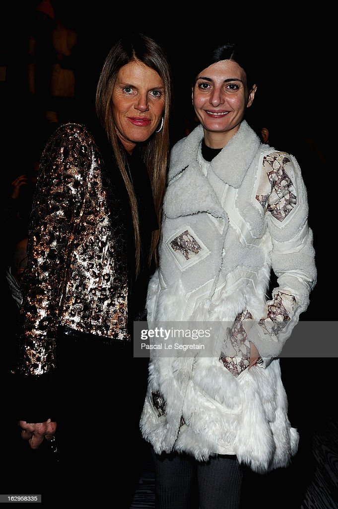 <a gi-track='captionPersonalityLinkClicked' href=/galleries/search?phrase=Anna+Dello+Russo&family=editorial&specificpeople=4391772 ng-click='$event.stopPropagation()'>Anna Dello Russo</a> (L) and <a gi-track='captionPersonalityLinkClicked' href=/galleries/search?phrase=Giovanna+Battaglia&family=editorial&specificpeople=2215032 ng-click='$event.stopPropagation()'>Giovanna Battaglia</a> attend the front row at the Viktor&Rolf Fall/Winter 2013 Ready-to-Wear show as part of Paris Fashion Week on March 2, 2013 in Paris, France.