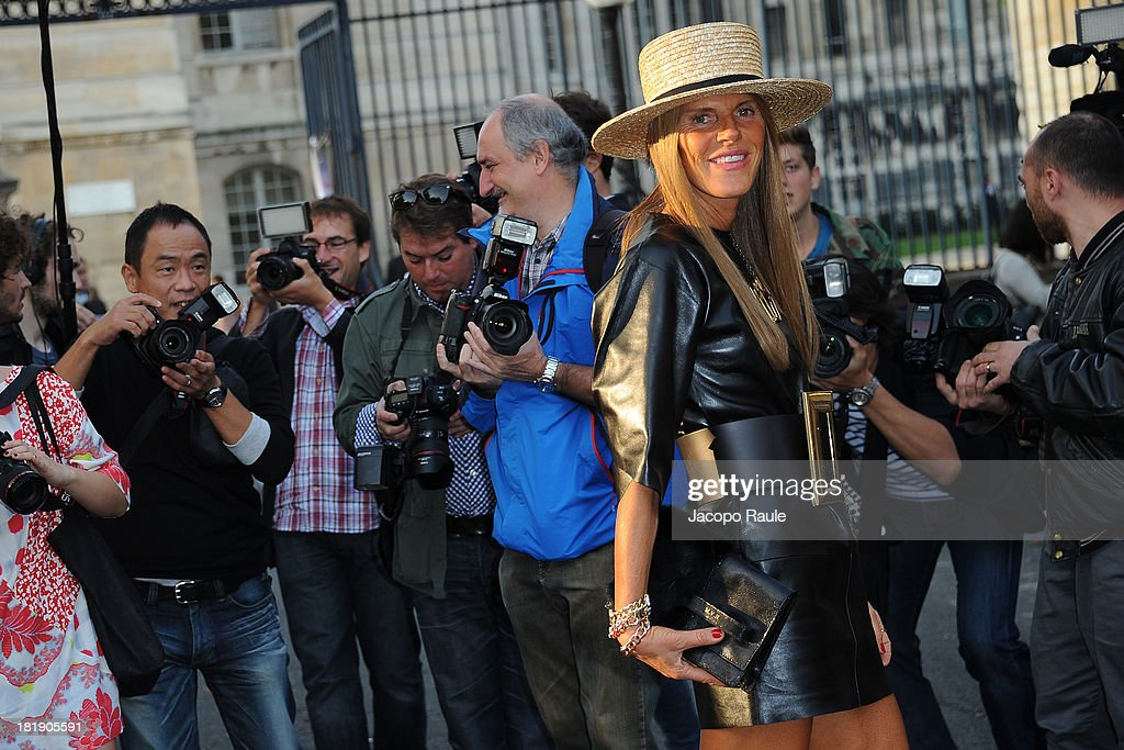 <a gi-track='captionPersonalityLinkClicked' href=/galleries/search?phrase=Anna+Dello+Russo&family=editorial&specificpeople=4391772 ng-click='$event.stopPropagation()'>Anna Dello Russo</a> arrives at the Balenciaga fashion show during Paris Fashion Week Womenswear SS14 - Day 3 on September 26, 2013 in Paris, France.