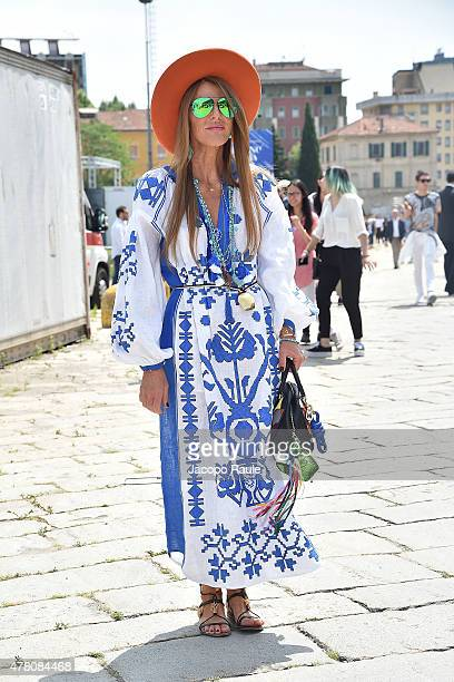 Anna Dello Russo arrives at the Gucci show during the Milan Men's Fashion Week Spring/Summer 2016 on June 22 2015 in Milan Italy