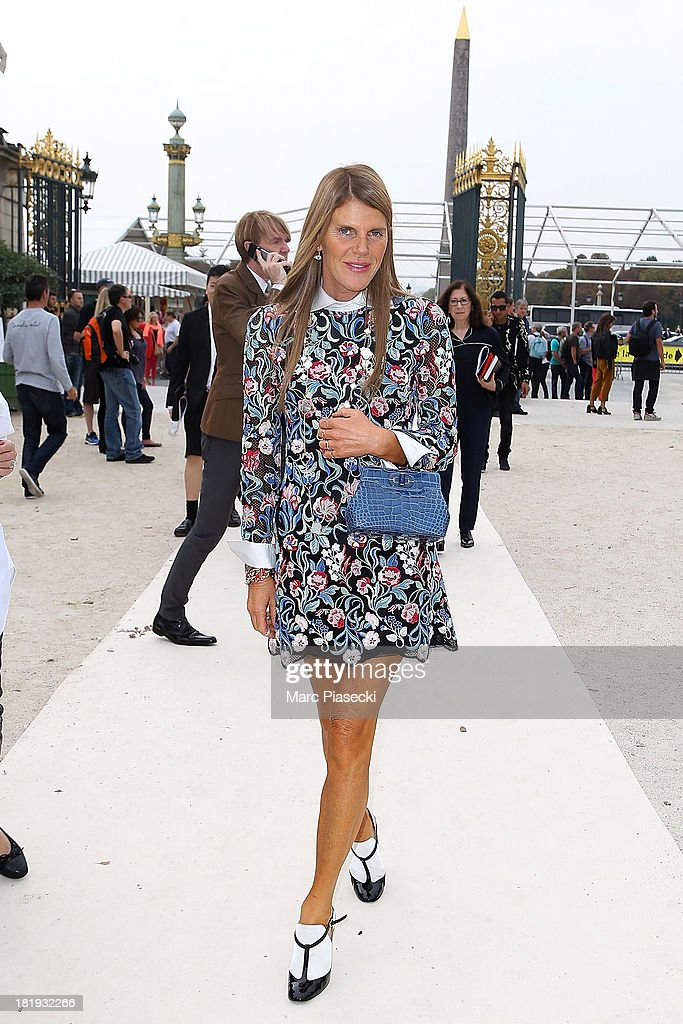 <a gi-track='captionPersonalityLinkClicked' href=/galleries/search?phrase=Anna+Dello+Russo&family=editorial&specificpeople=4391772 ng-click='$event.stopPropagation()'>Anna Dello Russo</a> arrives to attend the Nina Ricci show as part of the Paris Fashion Week Womenswear Spring/Summer 2014 on September 26, 2013 in Paris, France.
