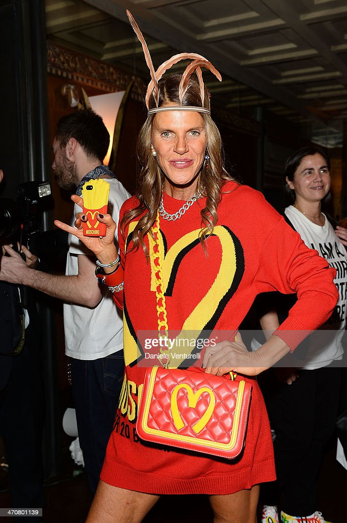 <a gi-track='captionPersonalityLinkClicked' href=/galleries/search?phrase=Anna+Dello+Russo&family=editorial&specificpeople=4391772 ng-click='$event.stopPropagation()'>Anna Dello Russo</a> attends Moschino Dinner during the Milan Fashion Week Womenswear Autumn/Winter 2014 at Giacomo Arengario Restaurant on February 20, 2014 in Milan, Italy.