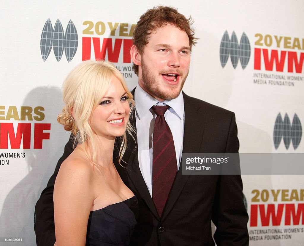 <a gi-track='captionPersonalityLinkClicked' href=/galleries/search?phrase=Anna+Faris&family=editorial&specificpeople=213899 ng-click='$event.stopPropagation()'>Anna Faris</a> and <a gi-track='captionPersonalityLinkClicked' href=/galleries/search?phrase=Chris+Pratt+-+Actor&family=editorial&specificpeople=239084 ng-click='$event.stopPropagation()'>Chris Pratt</a> arrive at The International Women's Media Foundation's 'Courage In Journalism' awards held at Beverly Hills Hotel on October 21, 2010 in Beverly Hills, California.