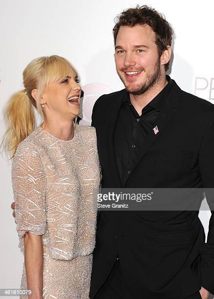 Anna Faris and Chris Pratt arrives at the The 40th Annual People's Choice Awards at Nokia Theatre LA Live on January 8 2014 in Los Angeles California