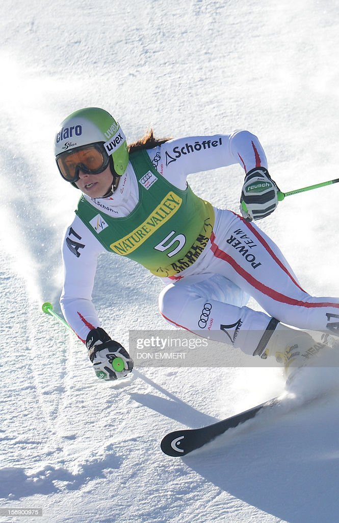 Anna Fenninger of Austria clears a gate during the first run of the women's World Cup giant slalom in Aspen on November 24, 2012. AFP PHOTO/Don EMMERT
