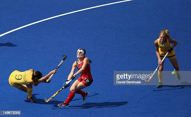 Anna Flanagan of Australia scores the opening goal during the Women's Hockey preliminary match between Australia and United States on Day 6 of the...