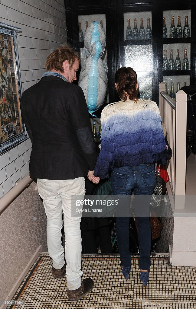 Anna Friel (R) and Rhys Ifans arriving at Bedford & Strand Bar Restaurant on January 26, 2013 in London, England.