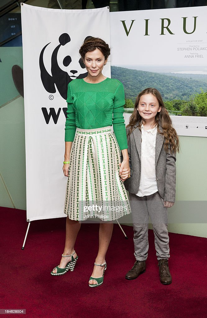 <a gi-track='captionPersonalityLinkClicked' href=/galleries/search?phrase=Anna+Friel&family=editorial&specificpeople=202225 ng-click='$event.stopPropagation()'>Anna Friel</a> attends a screening of 'Virunga', a short film about Africa's oldest national park and its wildlife at BFI IMAX on October 14, 2013 in London, England.