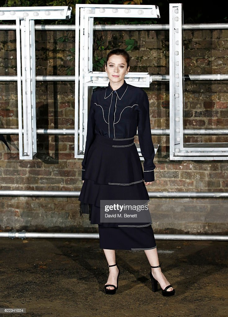 Anna Friel attends the Stella McCartney Menswear launch and Women's Spring 2017 collection presentation at Abbey Road Studios on November 10, 2016 in London, England.