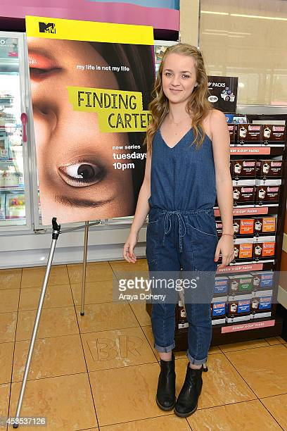 Anna JacobyHeron attends MTV's 'Finding Carter' fan event and to celebrate the twins Carter and Taylor's birthday at BaskinRobbins on August 12 2014...