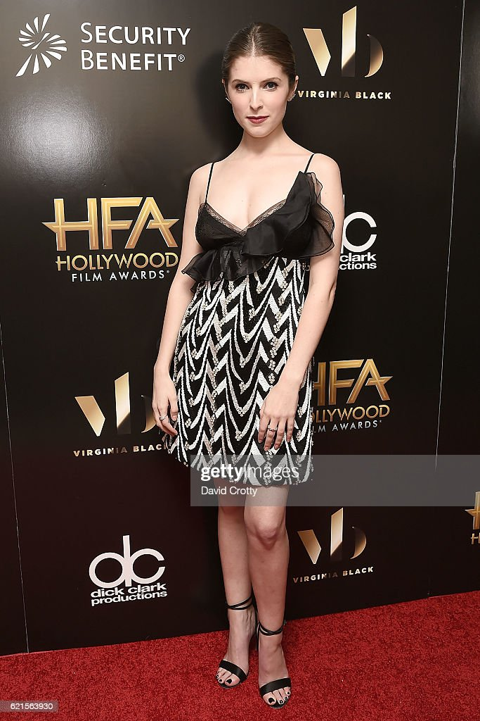 anna-kendrick-attends-the-20th-annual-hollywood-film-awards-press-at-picture-id621563930