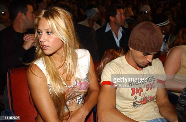 Anna Kournikova and Enrique Iglesias during 2002 MTV Video Music Awards Audience Backstage at Radio City Music Hall in New York City New York United...