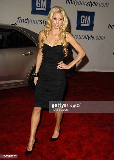 Anna Kournikova during General Motors Annual ten Celebrity Fashion Show Arrivals in Los Angeles California United States