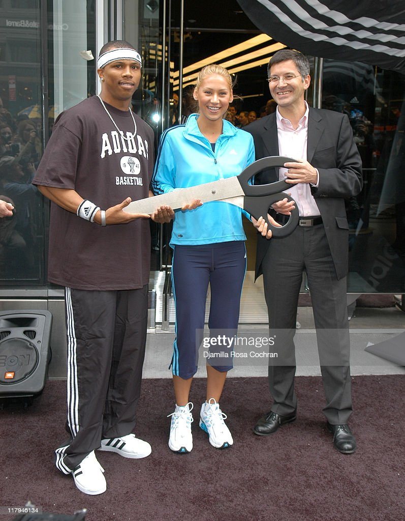 <a gi-track='captionPersonalityLinkClicked' href=/galleries/search?phrase=Anna+Kournikova&family=editorial&specificpeople=176472 ng-click='$event.stopPropagation()'>Anna Kournikova</a>, <a gi-track='captionPersonalityLinkClicked' href=/galleries/search?phrase=Sebastian+Telfair&family=editorial&specificpeople=202087 ng-click='$event.stopPropagation()'>Sebastian Telfair</a> and <a gi-track='captionPersonalityLinkClicked' href=/galleries/search?phrase=Herbert+Hainer&family=editorial&specificpeople=543915 ng-click='$event.stopPropagation()'>Herbert Hainer</a>