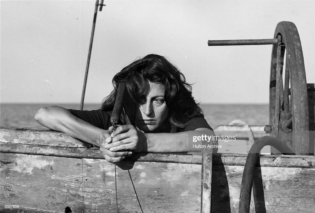Anna Magnani murders her lover a diver by suffocation in a scene from the Italian film drama 'Vulcano' directed by William Dieterle