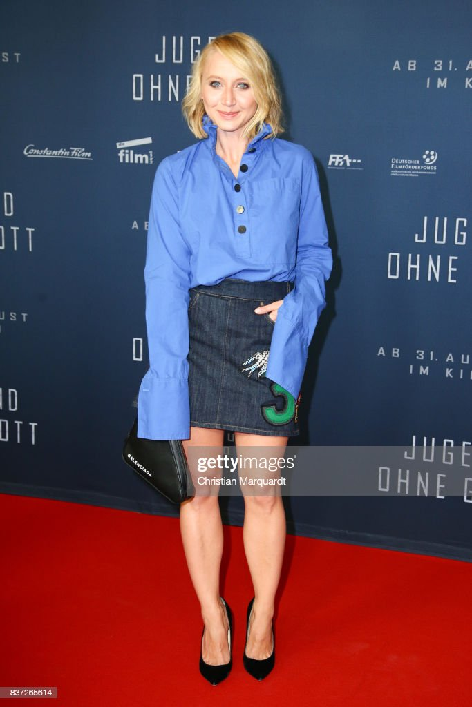 Anna Maria Muehe attends the premiere of 'Jugend ohne Gott' at Zoo Palast on August 22, 2017 in Berlin, Germany.