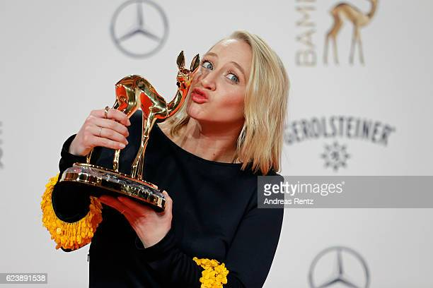 Anna Maria Muehe poses with award at the Bambi Awards 2016 winners board at Stage Theater on November 17 2016 in Berlin Germany